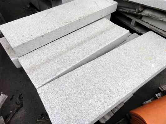 Caniveaux granit gris CC1