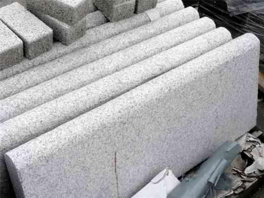 Bordure granit gris demi rond