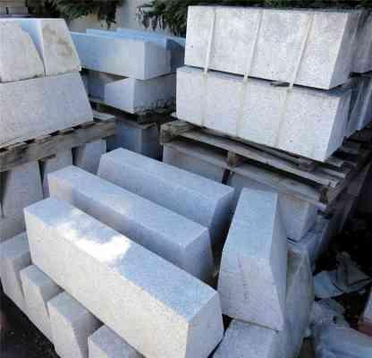 Bordures granit gris spéciales coupe en biais