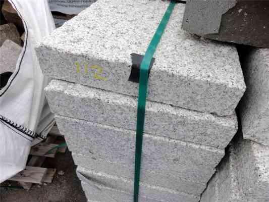 Dalles granit gris 88x44x15 cm