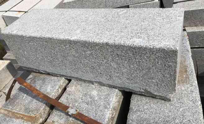 Bordure granit gris 15x25 cm